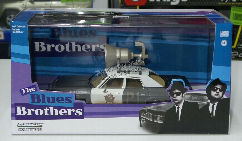 1:43 Dodge Monaco 1974 Patrulla Bluesmobile The Blues Brothers Hermanos Caradura de Greenlight