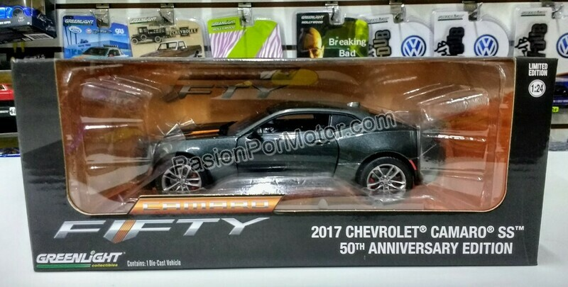 1:24 Chevrolet Camaro Coupe 2017 50Th Anniversary Gris Greenlight
