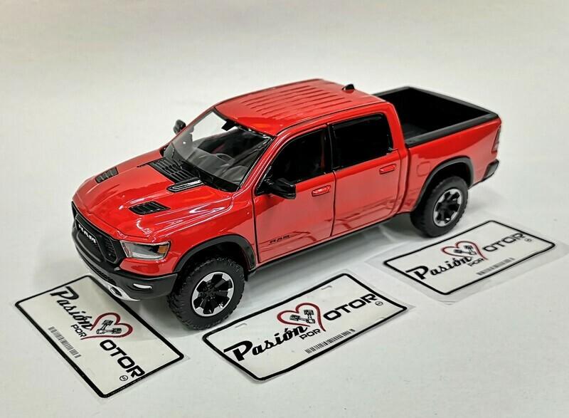 1:27 Ram 1500 Crew Cab Rebel 2019 Rojo Motor Max En Display / A Granel 1:24