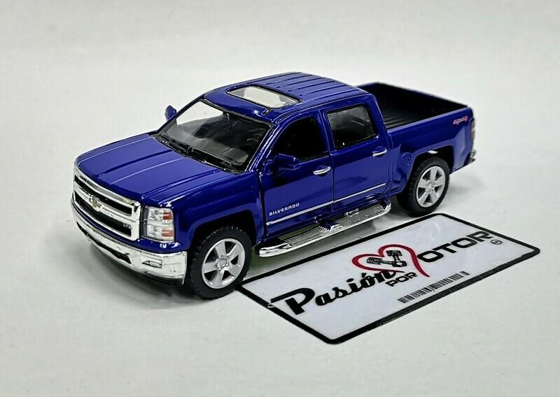 1:46 Chevrolet Silverado Super Crew 1500 LTZ 2014 Azul Pick Up Kinsmart En Display a Granel 1:43
