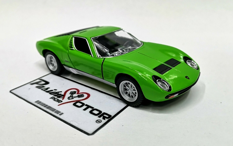 1:34 Lamborghini Miura P400 SV 1971 Verde Kinsmart En Display a Granel 1:32