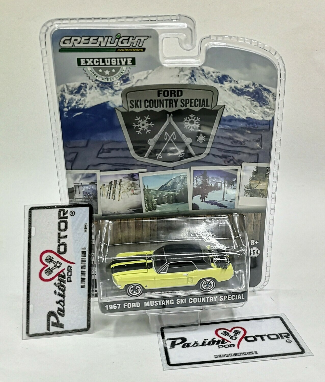 1:64 Ford Mustang Hard Top Ski Country Special 1967 Amarillo Greenlight Exclusive