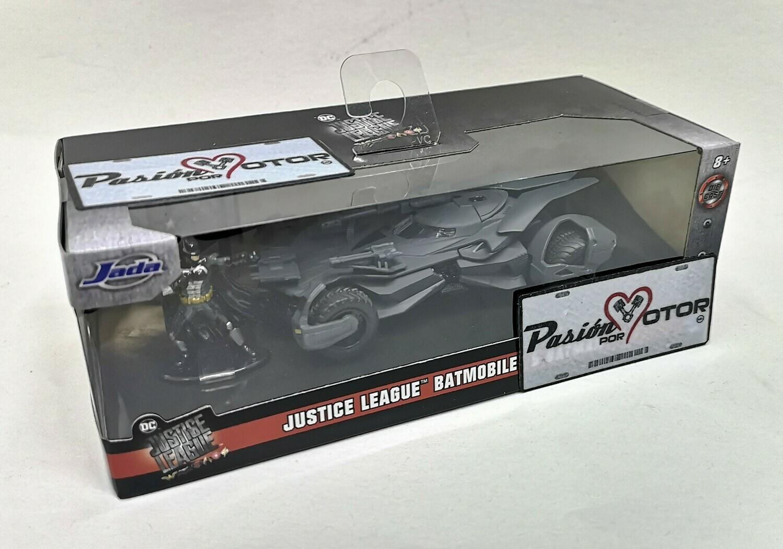 1:32 / 1:43 Batimovil 2017 Justice League Con Figura de Batman Jada Toys Metals DC Comics En Caja