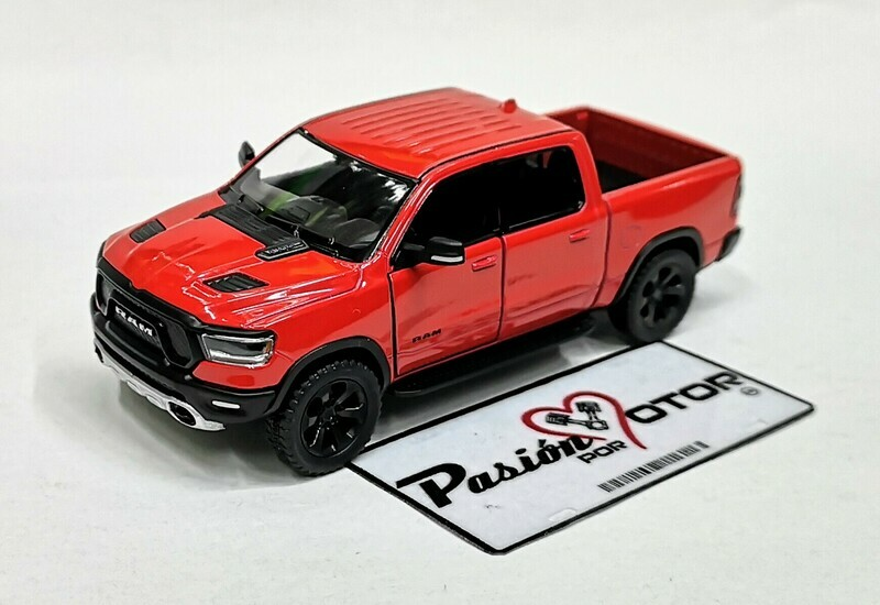 1:46 Ram 1500 Crew Cab Rebel 2019 Rojo Kinsmart Pick Up En Display a Granel 1:43