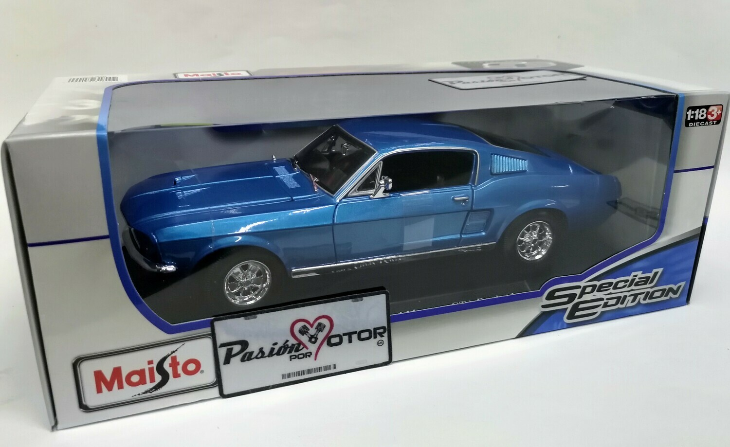 1:18 Ford Mustang GT A 1967 Fastback Azul Maisto Special Edition