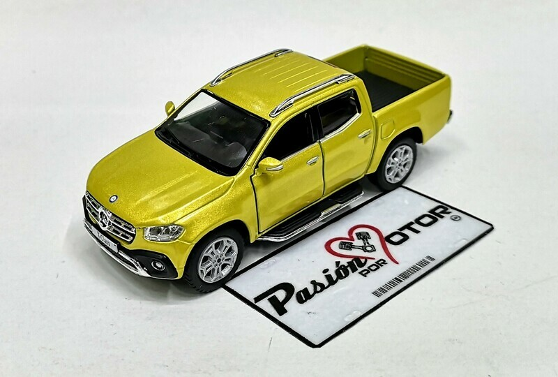 1:42 Mercedes Benz Clase X Pick Up 2017 Amarillo Kinsmart En Display / A Granel