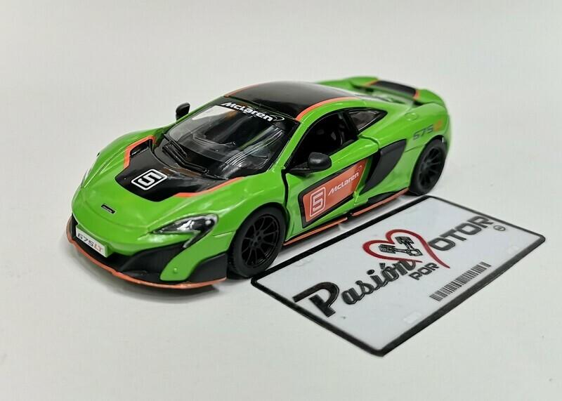 1:36 McLaren 675 LT 2015 Verde con Gráficos Kinsmart En Display a Granel 1:32