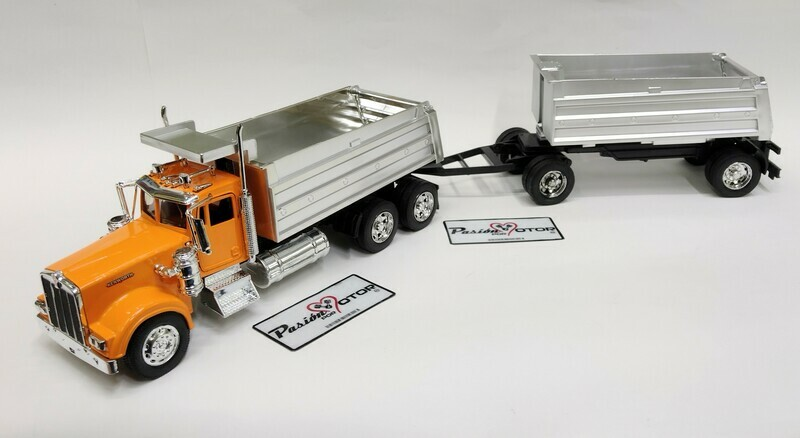 New Ray 1:32 Kenworth W900 Torton de Volteo Con Dolly y Remolque 1979 Amarillo y Cromo Long Haul Trucker En Caja Trailer