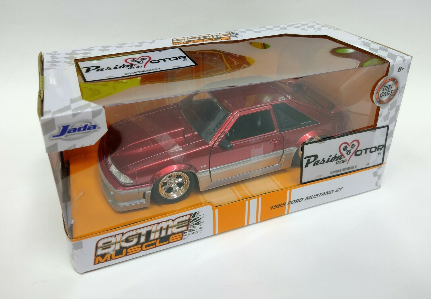 Jada Toys 1:24 Ford Mustang Fastback GT 1989 Rojo Candy y Gris Con Caja