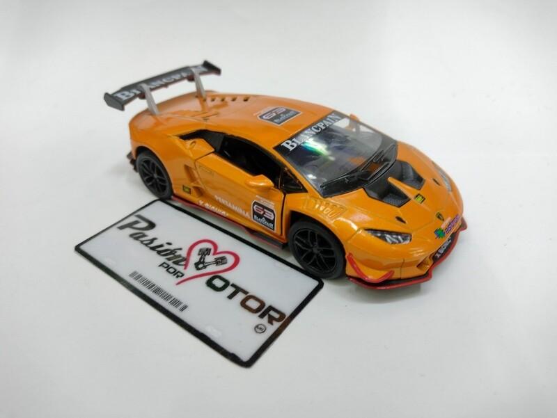 Kinsmart 1:36 Lamborghini Huracan LP620-2 Super Trofeo Coupe 2015 Naranja Display a Granel 1:32