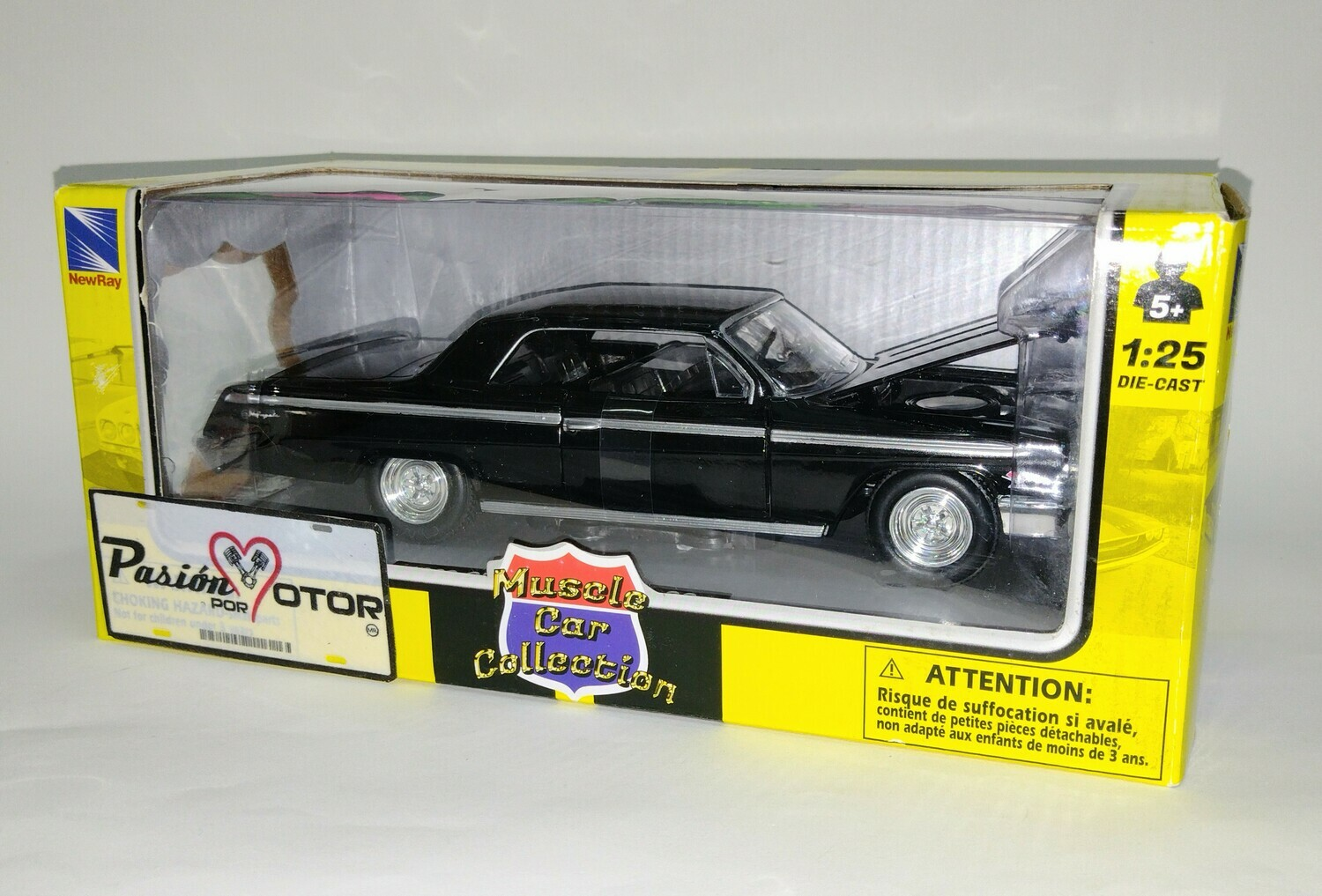 New Ray 1:25 Chevrolet Impala SS Coupe 1962 NegroMuscle Car Collection Con Caja 1:24
