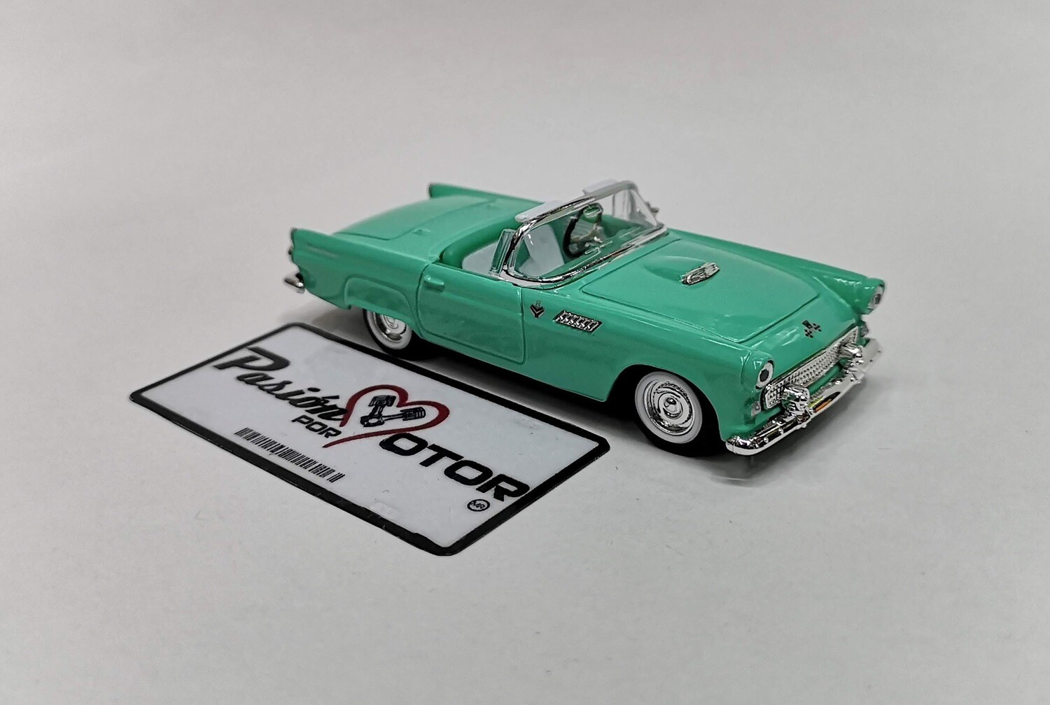 Lucky Die Cast 1:43 Ford Thunderbird Convertible 1955 Verde Road Signature