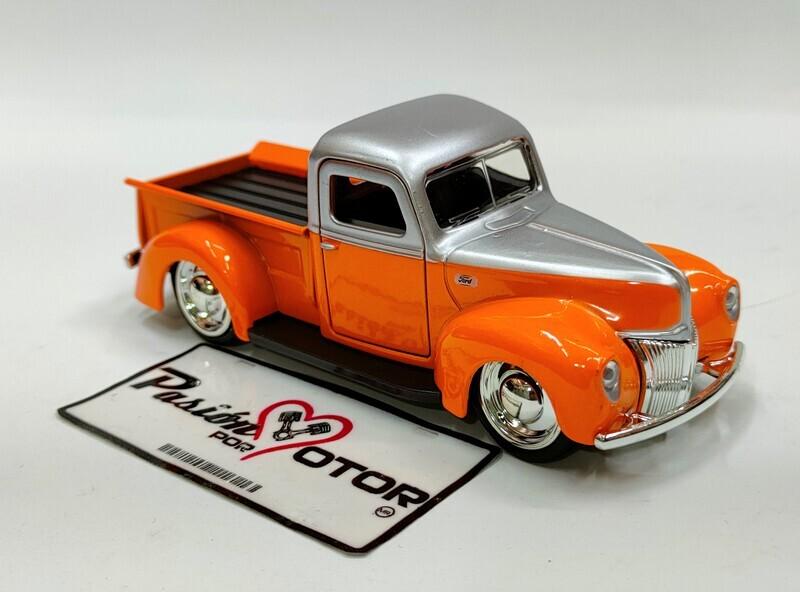 Jada Toys 1:36 Ford Pick Up 1941 Naranja y Plata Just Trucks En Caja 1:32
