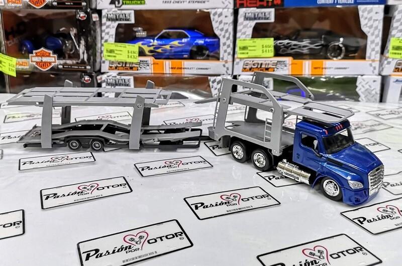 New Ray 1:43 Freightliner Cascadia Trailer Nodriza 2018 Azul y gris Long Haul Trucker En Caja Madrina