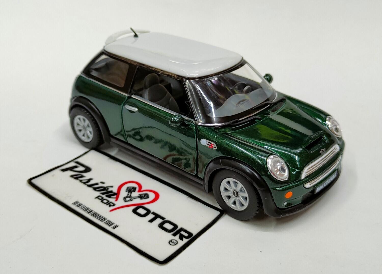 1:28 Mini Cooper S 2001 Verde c Blanco Kinsmart En Display / a Granel 1:32