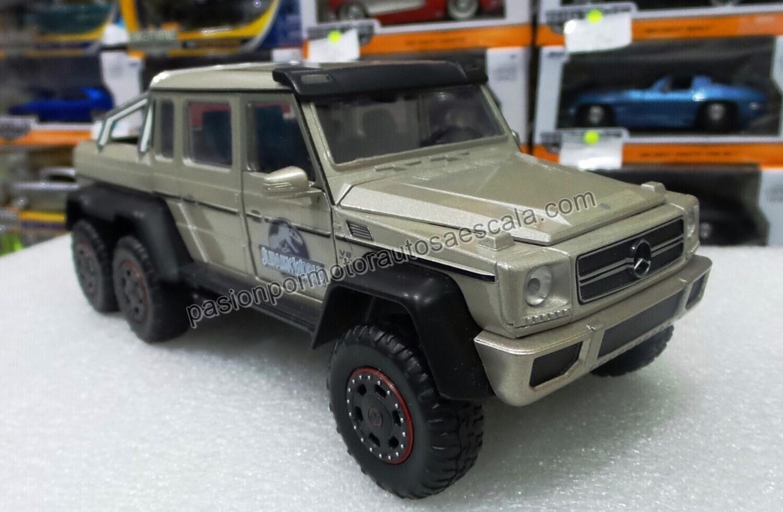 1:24 Mercedes Benz G63 AMG 6X6 2013 Jurassic World Jada Toys Display / A Granel