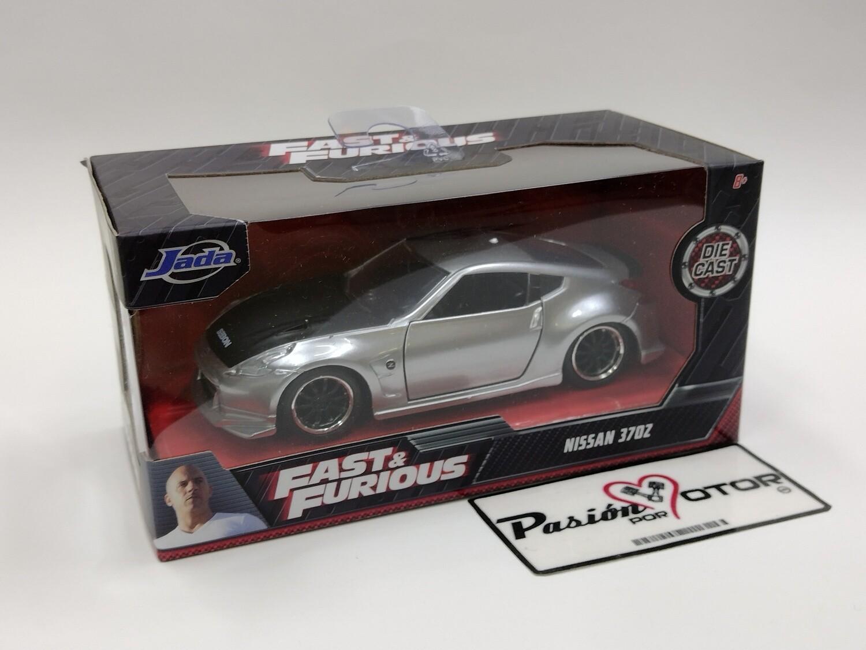 Jada Toys 1:34 Nissan 370Z Coupe 2009 Plata Gisele Rapido y Furioso 5 En Caja 1:32