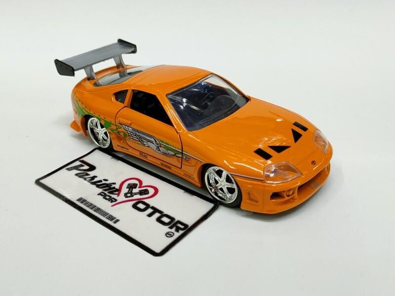 Jada Toys 1:32 Toyota Supra Coupe Brian´s 1995 Naranja Rapido y Furioso 1 En Caja
