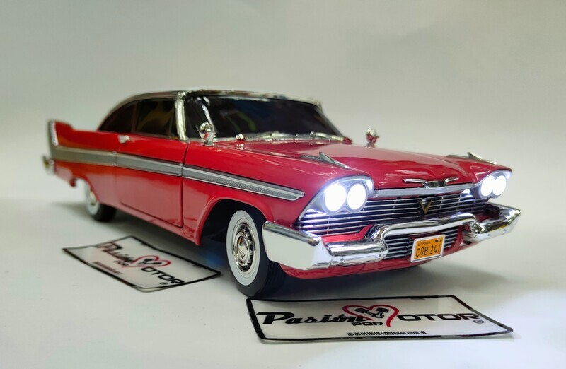 Auto World 1:18 Plymouth Fury Coupe Christine Evil 1957 Rojo Silver Screen Machines Con Caja Stephen King