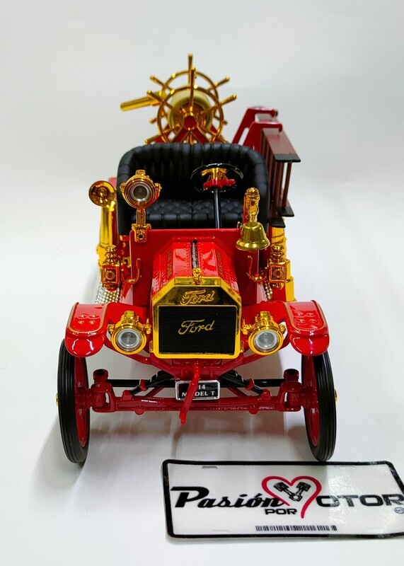 Lucky Die Cast 1:18 Ford Model T Fire Engine Bomberos 1914 Rojo c Negro Signature Series Con Caja