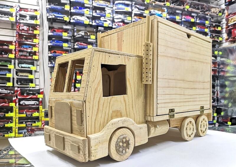Camión Coleccionador Almacenador En Madera Basico Para 70 Pz 1:64 Tipo Hot Wheels