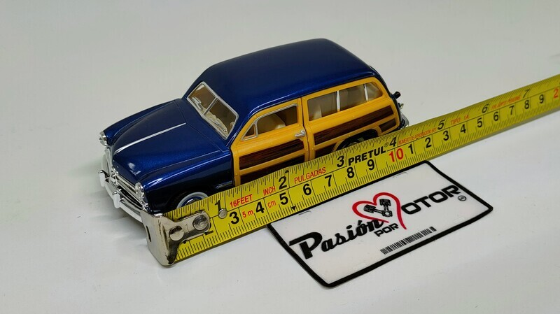 Kinsmart 1:40 Ford Woody Wagon Guayín 1949 Azul Display a Granel 1:43