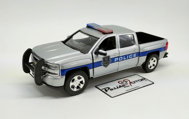 1:27 Chevrolet Silverado 1500 LT Z71 Crew Cab Police Patrulla Pick Up 2017 Plata Motor Max Law Enforcement And Public Service Mijo Display a Granel 1:24 Policia