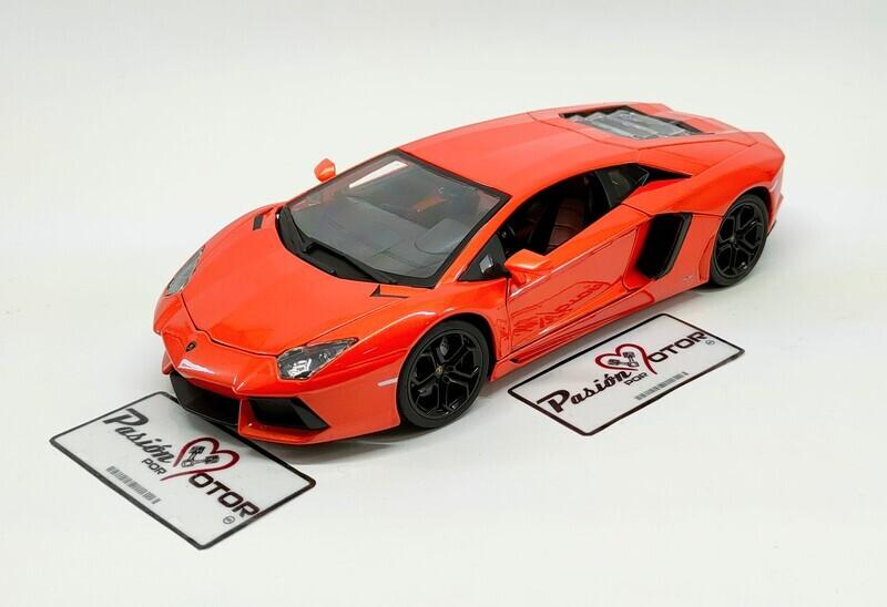 1:18 Lamborghini Aventador LP700-4 Coupe 2011 Naranja Bburago Con Caja