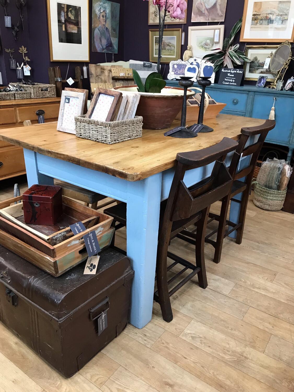 Vintage Farmhouse Kitchen / Dining Table