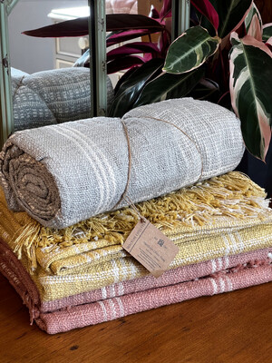 Cotton Handloom Check Throw - Blush Pink