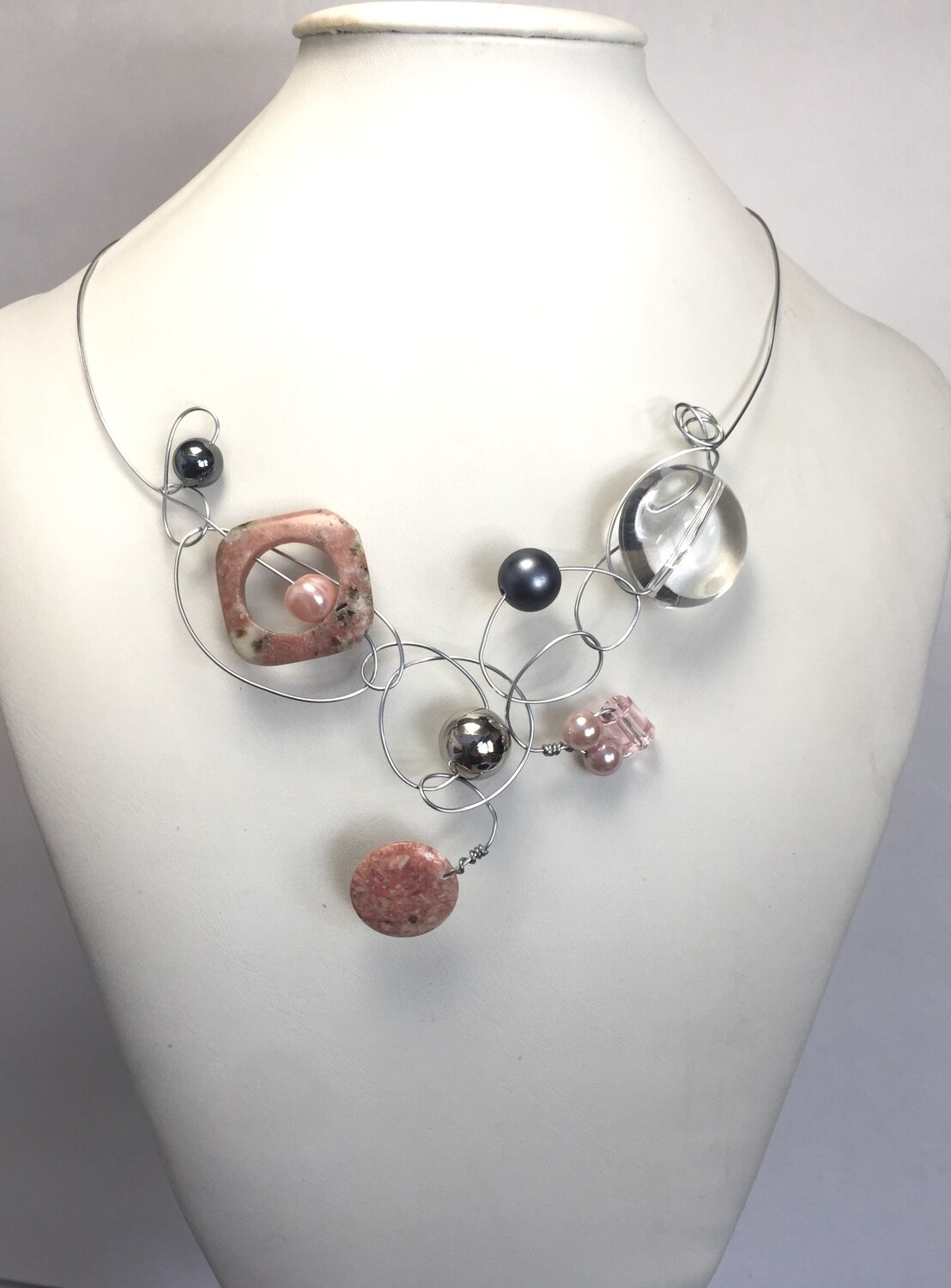 COLLIER PIERRES NATURELLES ROSE
