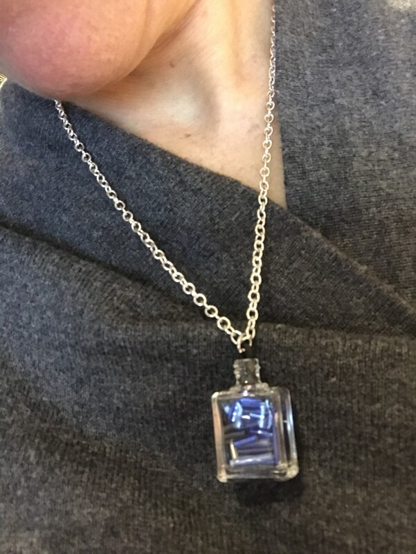 COLLIER BLUE GLASS