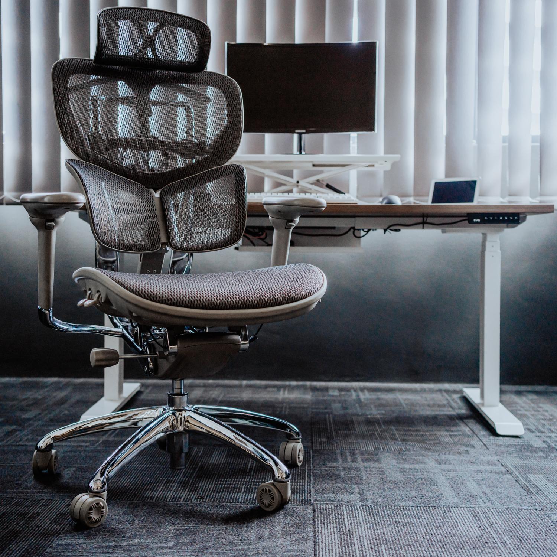 EVIS Smart Desk + Ergonovis Bundle