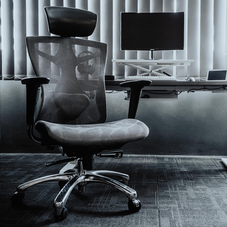 EVIS Smart Desk + Ergopro Bundle
