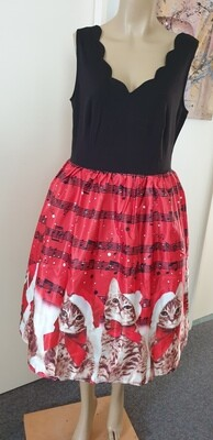 Xmas  Cats & Musical Notes Dress Size 18