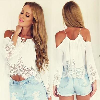 Женская блузка с кружевной отделкой