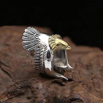 Мужское кольцо в виде орла
