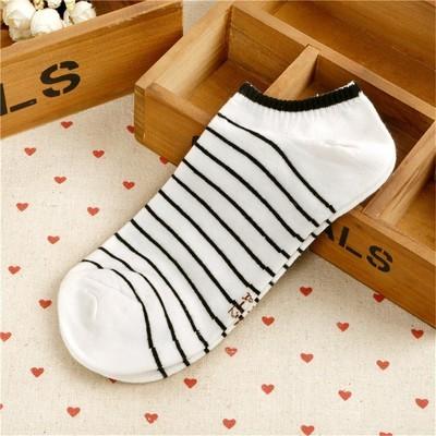 Новые мужские носки Маленькая мультяшная полоса Серия Модный носок Комфортный