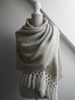 Handmade Natural wool and acrylic Rebozo, white and beige.
