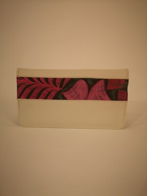 Passport holder cream