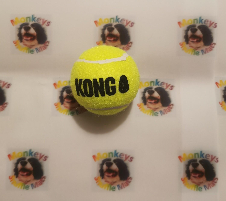 Kong squeaker tennis ball