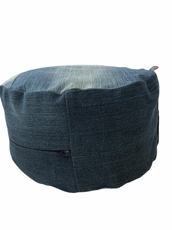 Upcycling Jeans YOGA-Kissen mit BIO-Dinkelspelz