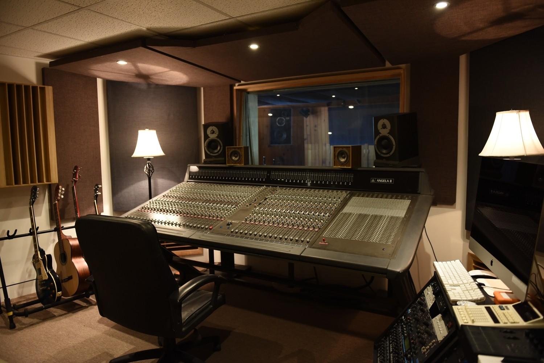 Grabación, mezcla y master - ESTUDIO B