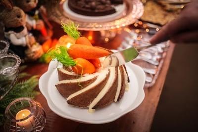 Carrot Cake com Nozes e Especiarias com cobertura doce de Cream Cheese