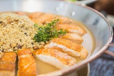 Salmão selado ao Molho Thai