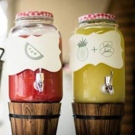 Suco de Abacaxi com Capim Santo