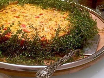 Quiche de Chèvre, Tomatinhos Confit e Alcachofras