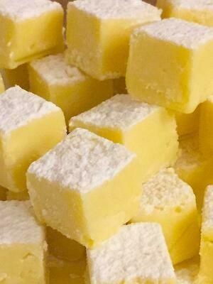 Trufinhas de Chocolate Branco com Licor de Pêssegos