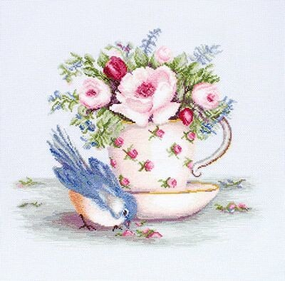 Luca-S Bird in a Tea Cup