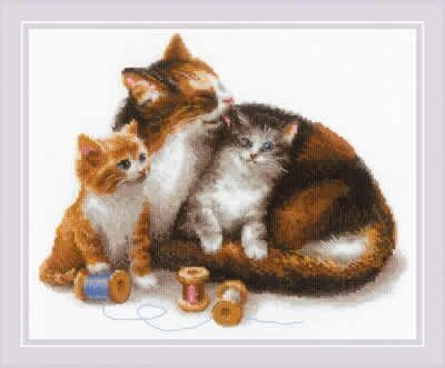 Riolis Cat with Kittens